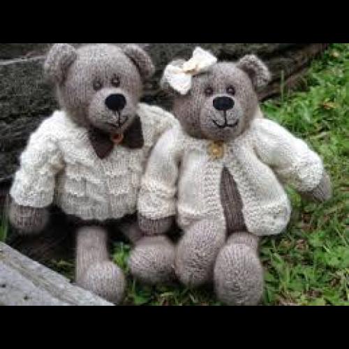Winston and Clementine Bear Knitting Pattern